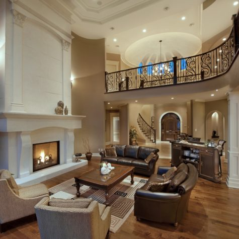 Living and Fireplace